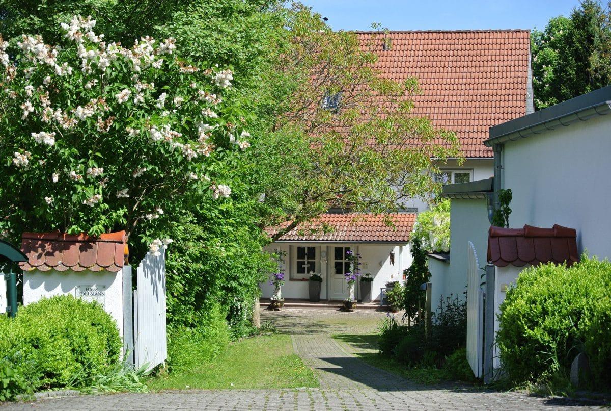 Zufahrt sum Landhaus Edelmann